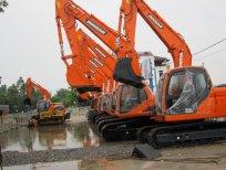 Bán máy xúc đào Doosan mới 100