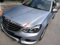 Bán Mercedes E200 2013, màu bạc, giá tốt