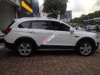 Cần bán Chevrolet Captiva LTZ đời 2015, màu trắng số tự động, giá chỉ 690 triệu