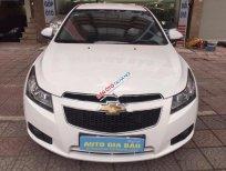 Cần bán xe Chevrolet Cruze LS đời 2015, màu trắng chính chủ
