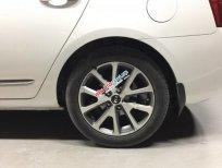 Bán xe Kia Carens S đời 2014, màu trắng số sàn