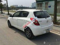 Cần bán lại xe Hyundai i20 AT năm sản xuất 2011, màu trắng, xe nhập