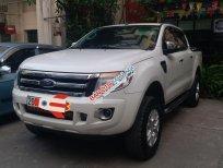 Cần bán Ford Ranger XLT, màu trắng, nhập khẩu