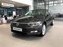 Cần bán xe Volkswagen Passat E đời 2018, màu đen, xe nhập