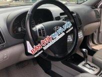 Cần bán lại xe Hyundai Avante 1.6 AT đời 2014, màu bạc