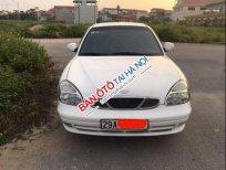 Bán lại chiếc xe Daewoo Nubira II màu trắng, Đk 2004, tư nhân chính chủ