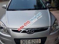 Bán Hyundai i30 1.6 AT đời 2009, màu bạc xe gia đình