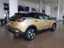 Bán ô tô Peugeot 3008 năm 2020, màu vàng