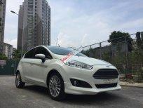 Bán Ford Fiesta đời 2016 màu trắng, giá chỉ 489 triệu