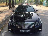Cần bán xe Mercedes E300 AMG sản xuất 2011 màu đen, giá cực tốt
