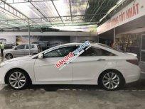 Bán Hyundai Sonata 2.0AT đời 2011, màu trắng, xe nhập, giá tốt