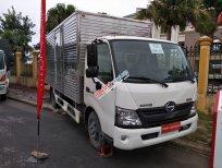 Hino Euro 4 XZU720 3,5 tấn thùng kín dài 4,4m. Khuyễn mãi lớn nhất