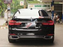 Cần bán lại xe BMW 740Li đời 2016, màu đen số tự động