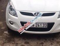 Cần bán Hyundai i20 AT sản xuất 2010, màu trắng giá cạnh tranh