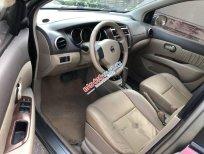Cần bán gấp Nissan Livina sản xuất năm 2011, màu xám, nhập khẩu nguyên chiếc chính chủ