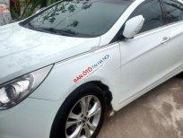 Cần bán xe Hyundai Sonata 2.0 năm sản xuất 2010, màu trắng, xe nhập