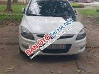 Bán Hyundai i30 CW đời 2011, màu trắng, xe đã lăn được hơn 7 vạn