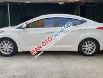 Cần bán Hyundai Elantra 1.8 AT đời 2010, màu trắng, nhập khẩu