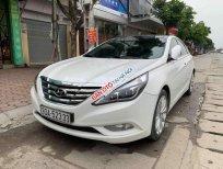 Bán Hyundai Sonata Y20 đời 2011, màu trắng, nhập khẩu - Xe có diện mạo hoàn toàn mới rất bắt mắt và trẻ trung
