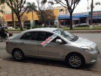 Cần bán xe Toyota Vios E sản xuất 2010, màu bạc