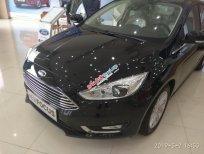 Bán xe Ford Focus titanium sx 2019, màu đen, nhập khẩu