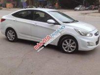 Cần bán gấp Hyundai Accent 1.4 AT sản xuất 2011, màu trắng, nhập khẩu