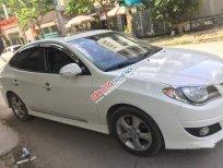 Bán Hyundai Avante 1.6AT sản xuất 2011, màu trắng, xe gia đình