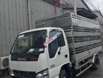 Bán xe chuyên dùng chở gia cầm Isuzu QKR270, giá rẻ, ưu đãi tháng 8, có sẵn xe, xem và lái thử thoải mái