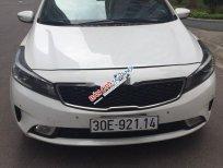 Bán ô tô Kia Cerato năm 2017, màu trắng chính chủ