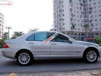 Bán Mercedes C200 sản xuất 2003, màu bạc, nhập khẩu