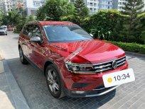 Bán Volkswagen Tiguan năm sản xuất 2018, màu đỏ, xe nhập