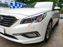 Cần bán Hyundai Sonata 2.0 2014, màu trắng, xe nhập, giá tốt