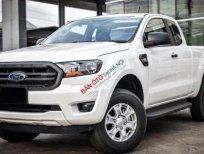 ✴✴ 630 triệu ✴✴ Rinh ngay chiếc  Ford Ranger XLS MT đời 2019, màu trắng