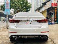 Bán Hyundai Elantra 1.6 AT đời 2018, màu trắng giá cạnh tranh
