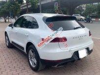 Cần bán lại xe Porsche Macan sản xuất năm 2015, màu trắng, nhập khẩu nguyên chiếc xe gia đình