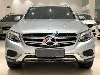 Bán Mercedes GLC250 năm sản xuất 2016, màu bạc, số tự động