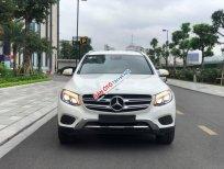 Bán xe Mercedes GLC250 4Matic đời 2017, màu trắng