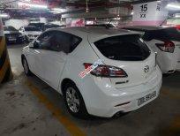 Cần bán Mazda 3 1.6AT năm 2010, màu trắng, xe nhập chính chủ
