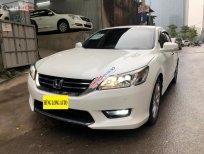 Bán Honda Accord sản xuất 2015, màu trắng, nhập khẩu Thái