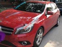 Cần bán gấp Mercedes đời 2014, màu đỏ xe gia đình