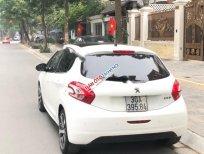 Cần bán gấp Peugeot 208 năm sản xuất 2014, màu trắng, nhập khẩu