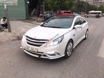 Cần bán lại xe Hyundai Sonata 2.0 AT sản xuất năm 2011, màu trắng, nhập khẩu
