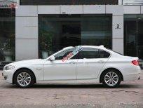 Cần bán BMW 5 Series 520i đời 2012, màu trắng, nhập khẩu nguyên chiếc số tự động, giá chỉ 880 triệu