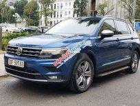 Cần bán lại xe Volkswagen Tiguan đời 2018, màu xanh lam, xe nhập