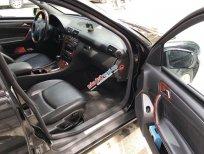 Bán Mercedes C240 Avantgarde 2003, màu đen, đăng ký lần đầu tháng 3/2004