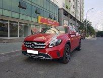 Cần bán xe Mercedes GLA200 AMG 2017, màu đỏ, xe nhập như mới