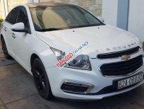 Cần bán xe Chevrolet Cruze 1.6 MT năm 2017, màu trắng, 365tr