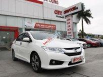 Cần bán gấp Honda City đời 2016, màu trắng số tự động, 475tr