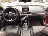 Cần bán xe Mazda 3 sản xuất 2018, màu đỏ xe gia đình