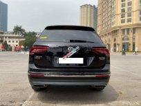 Cần bán xe Volkswagen Tiguan Allspace Highline đời 2019, màu đen, xe siêu lướt